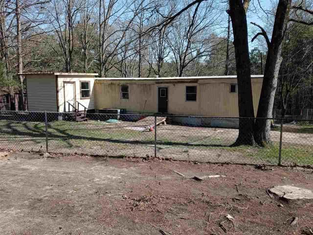 320 2nd Ave, Avinger, TX 75630 (MLS #20211452) :: Better Homes and Gardens Real Estate Infinity