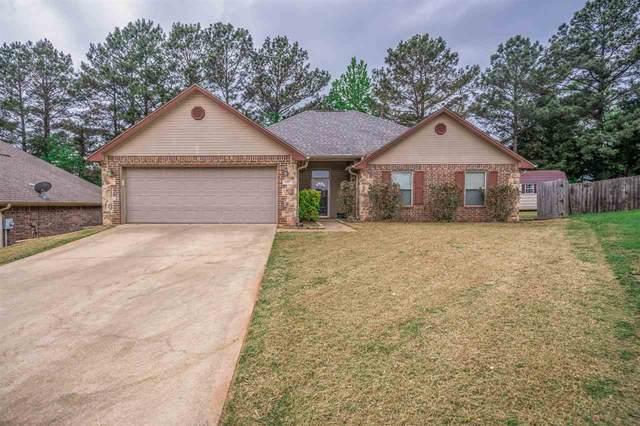 137 School Park Trl, Tatum, TX 75691 (MLS #20211747) :: Better Homes and Gardens Real Estate Infinity