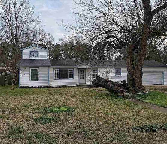 308 E Douglas, Jefferson, TX 75657 (MLS #20212082) :: Better Homes and Gardens Real Estate Infinity