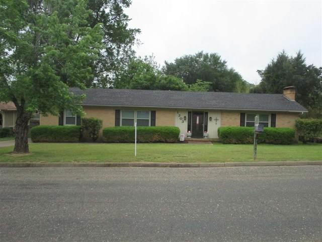 1303 Richardson, Henderson, TX 75652 (MLS #20212111) :: Wood Real Estate Group