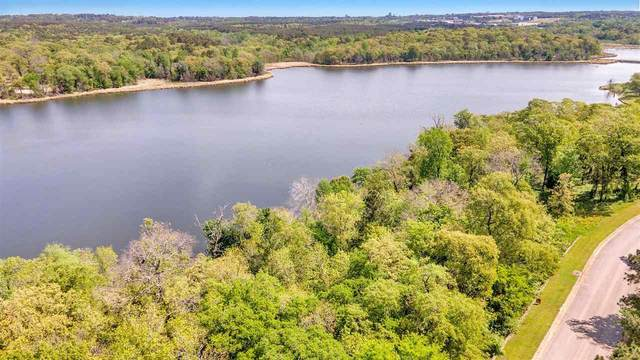 4475 Cascades Shoreline Dr, Tyler, TX 75709 (MLS #20212227) :: Better Homes and Gardens Real Estate Infinity