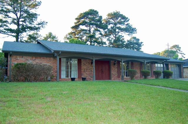 1613 Pineland Street, Longview, TX 75604 (MLS #20212290) :: Better Homes and Gardens Real Estate Infinity