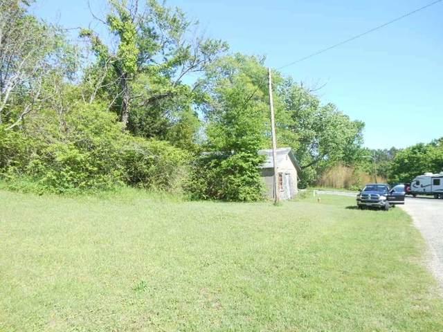 703 E Broadway, Winnsboro, TX 75494 (MLS #20212295) :: Better Homes and Gardens Real Estate Infinity