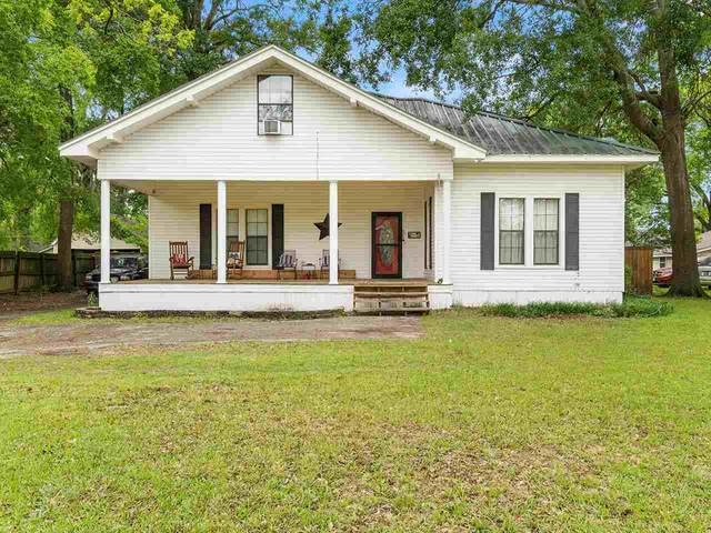 608 N Montgomery, Gilmer, TX 75644 (MLS #20212380) :: Better Homes and Gardens Real Estate Infinity
