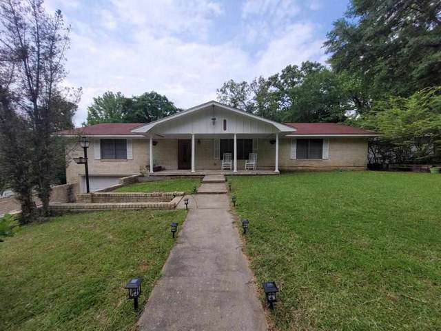 1101 Woodlawn, Kilgore, TX 75682 (MLS #20212447) :: Better Homes and Gardens Real Estate Infinity