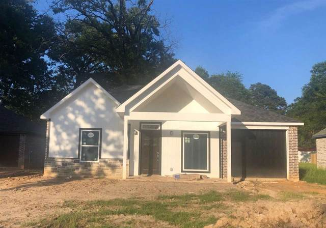 188 Pinewood Dr, Carthage, TX 75633 (MLS #20212724) :: Better Homes and Gardens Real Estate Infinity