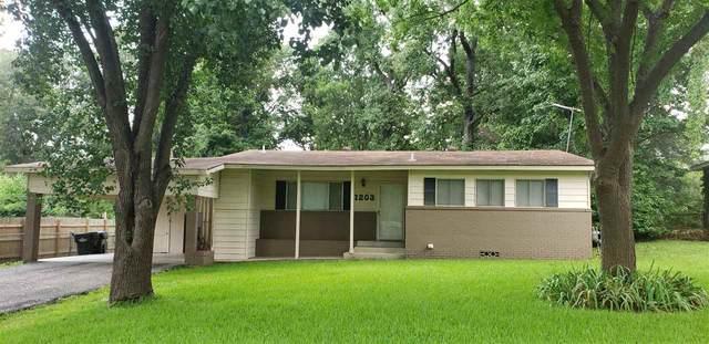 1203 Fox Ln, Longview, TX 75601 (MLS #20214157) :: Wood Real Estate Group