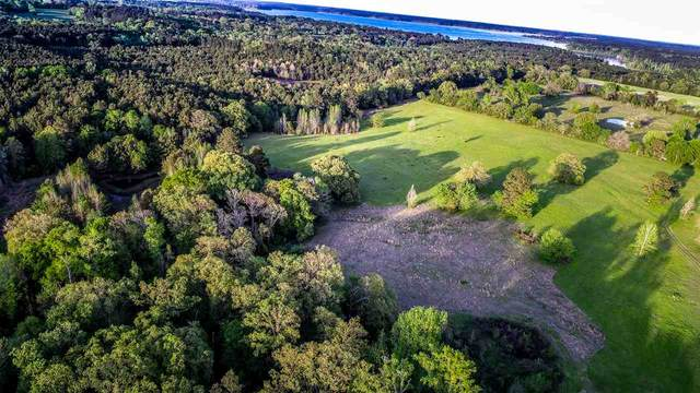 55 AC Fm 726, Jefferson, TX 75657 (MLS #20211722) :: Better Homes and Gardens Real Estate Infinity