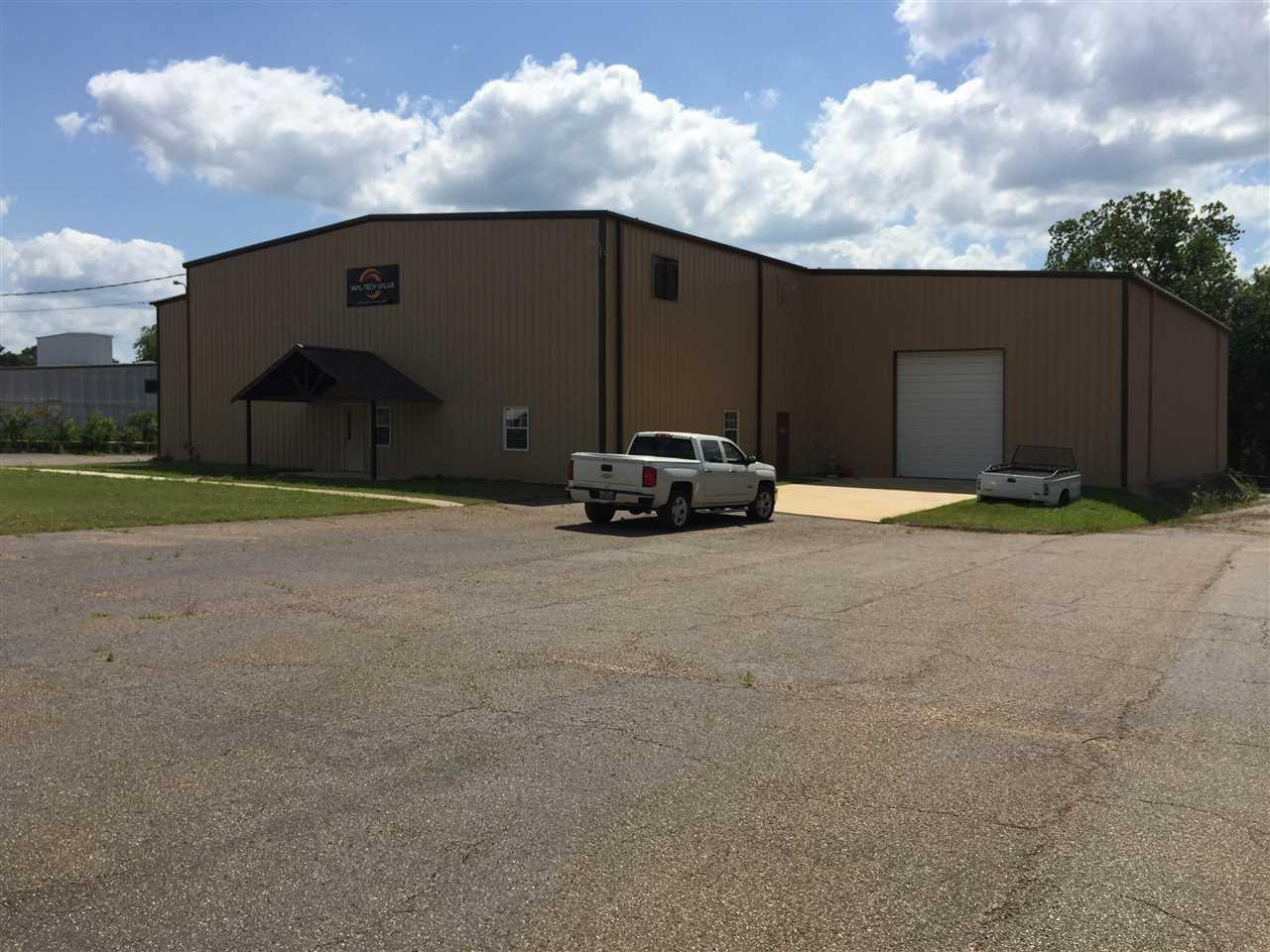 121 Industrial Dr - Photo 1
