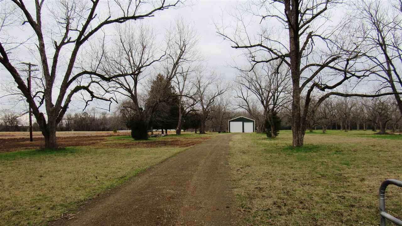 County Road 3200 - Photo 1