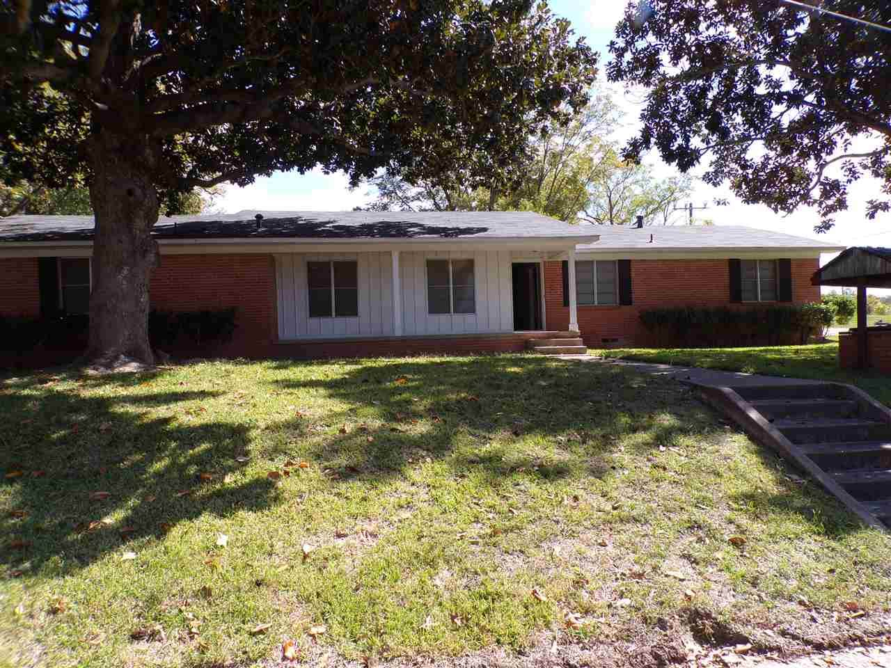 400 Motley Dr - Photo 1