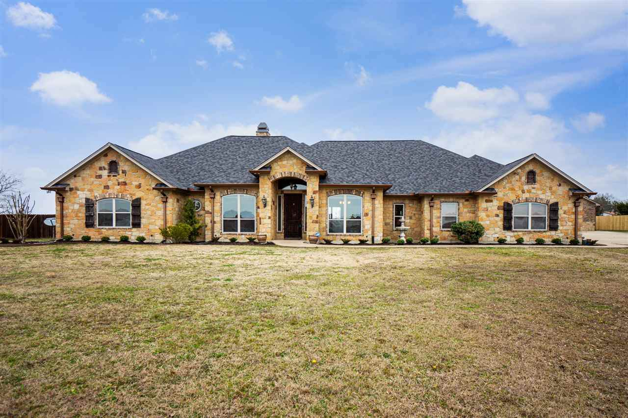 206 Clements Circle - Photo 1