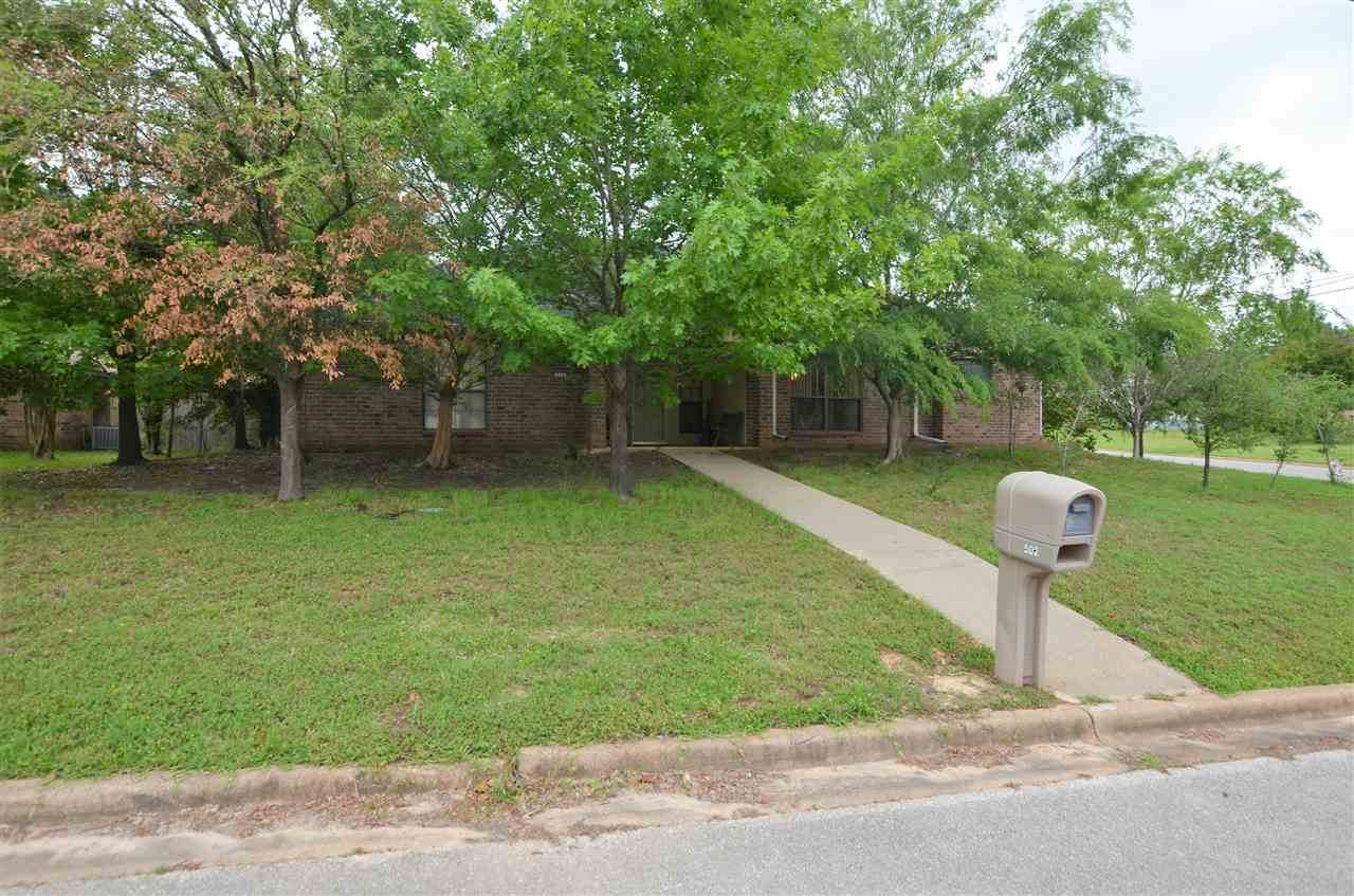 502 Kingsway Dr - Photo 1