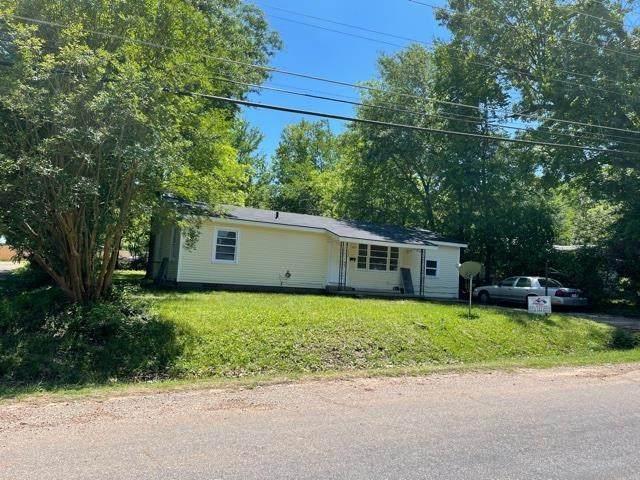 1008 Fairway, Longview, TX 75604 (MLS #20212466) :: Better Homes and Gardens Real Estate Infinity