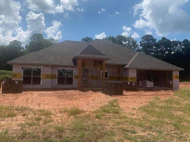 180 Cr 275D, Kilgore, TX 75662 (MLS #20213664) :: Better Homes and Gardens Real Estate Infinity