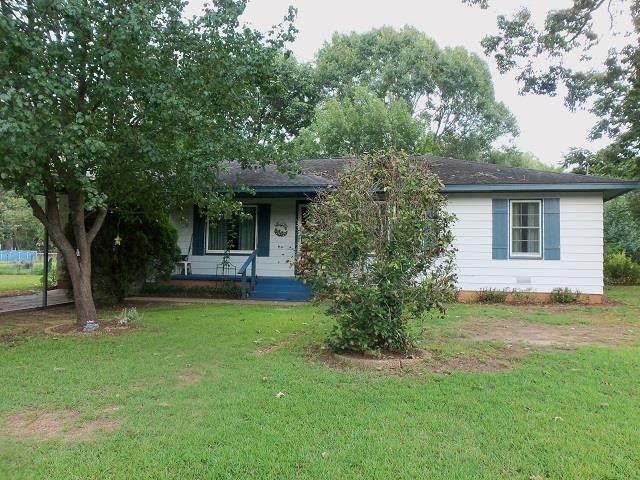 2002 Roberts Street, Kilgore, TX 75662 (MLS #20214175) :: Better Homes and Gardens Real Estate Infinity