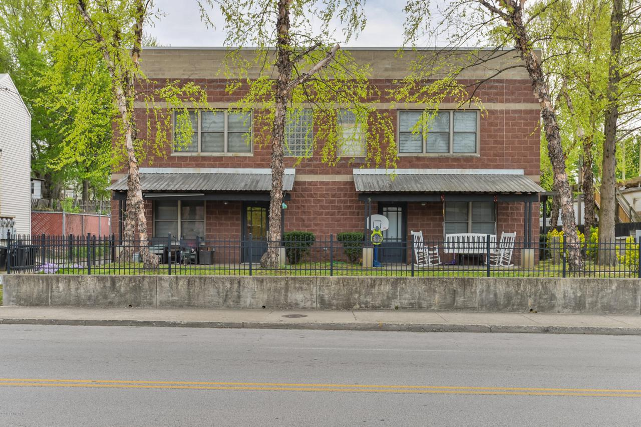 1015 Barret Ave - Photo 1
