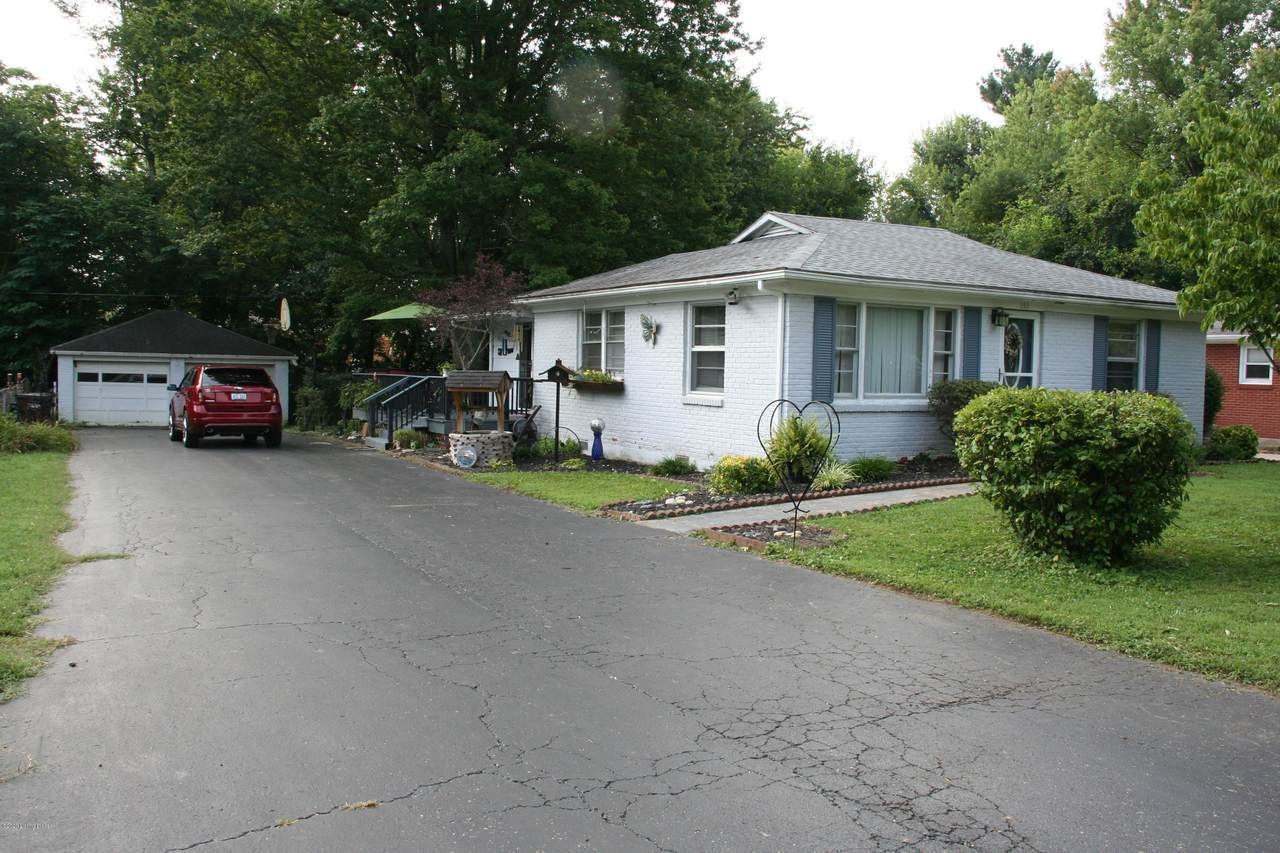 153 Mark Ave - Photo 1