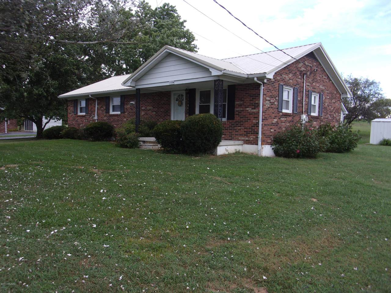 1524 Lawrenceburg Rd - Photo 1