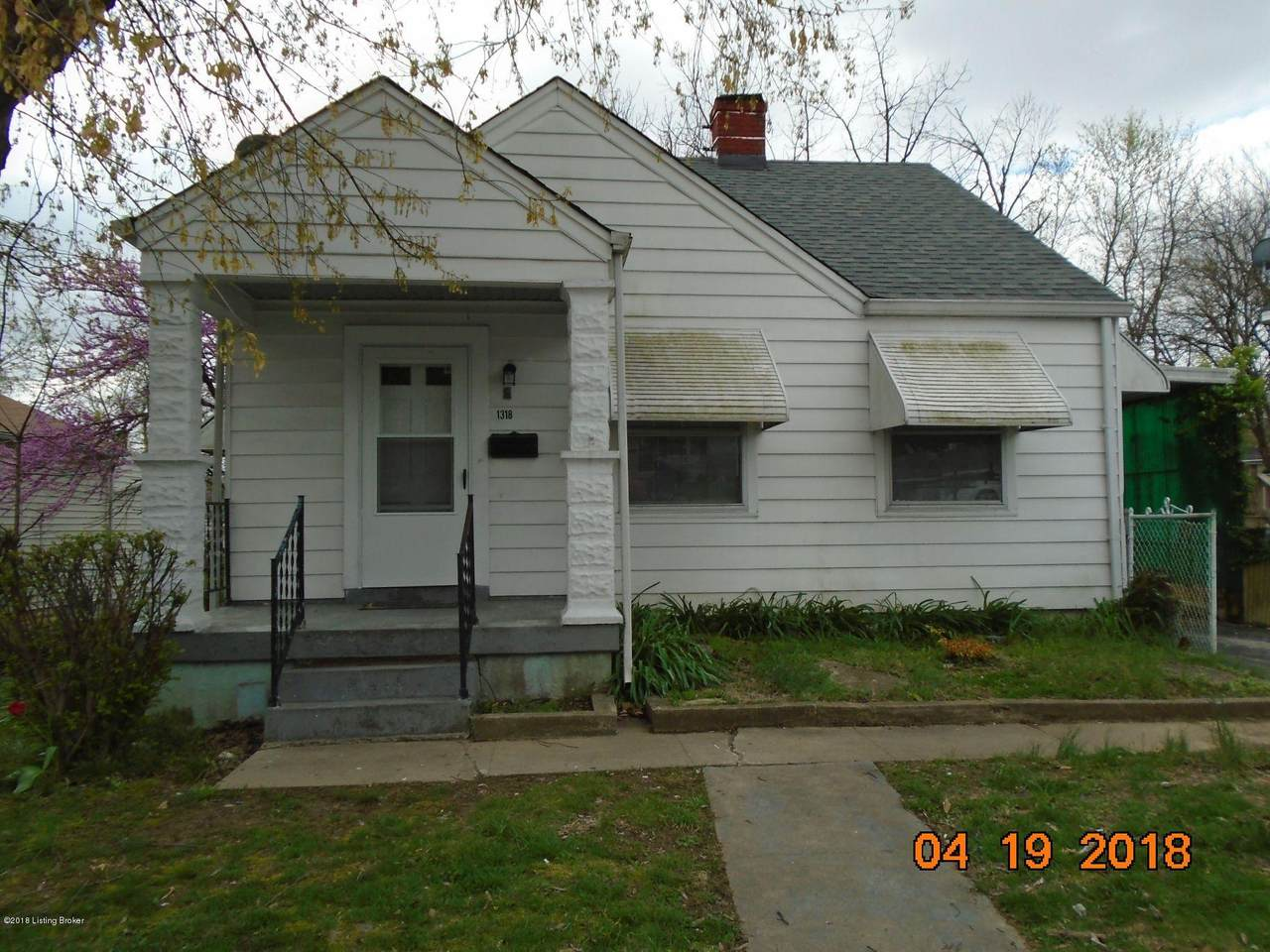 1318 Walter Ave - Photo 1