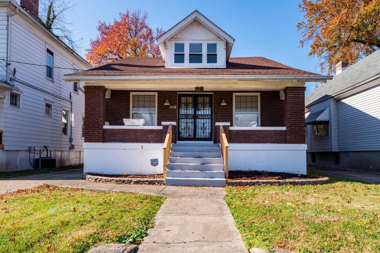628 Cecil Ave - Photo 1