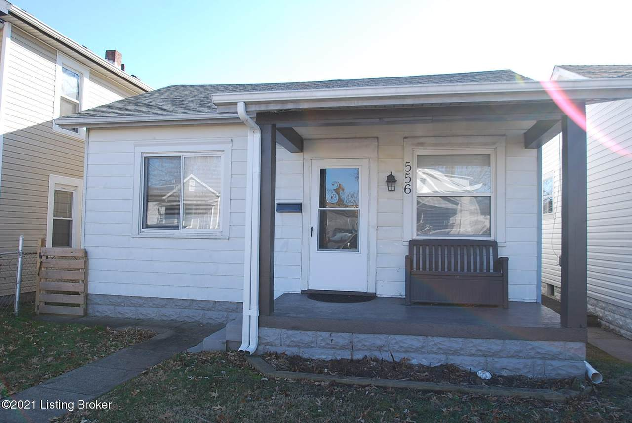 556 Wainwright Ave - Photo 1