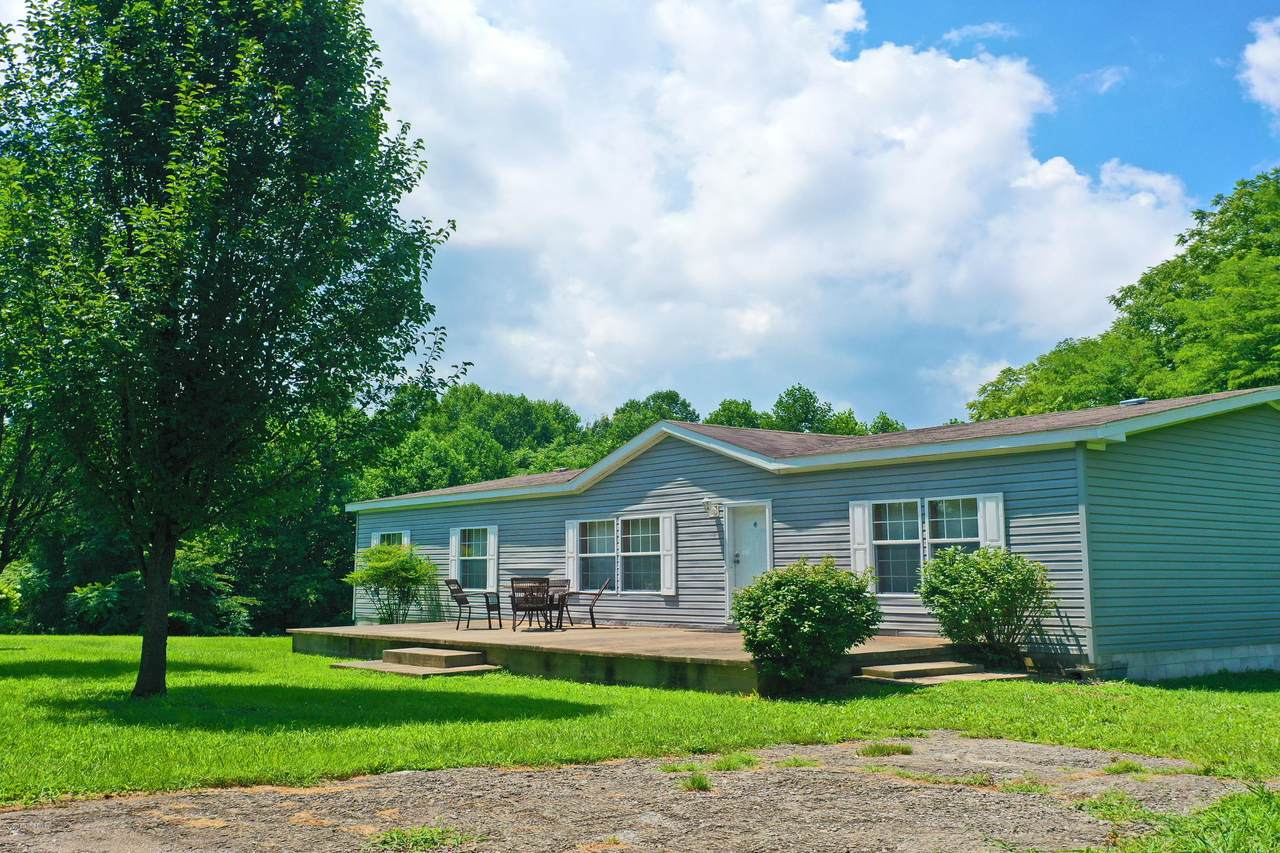 12781 Old Hodgenville Rd - Photo 1