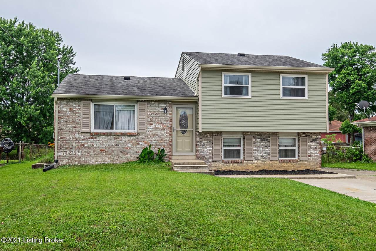 3706 Hillview Blvd - Photo 1