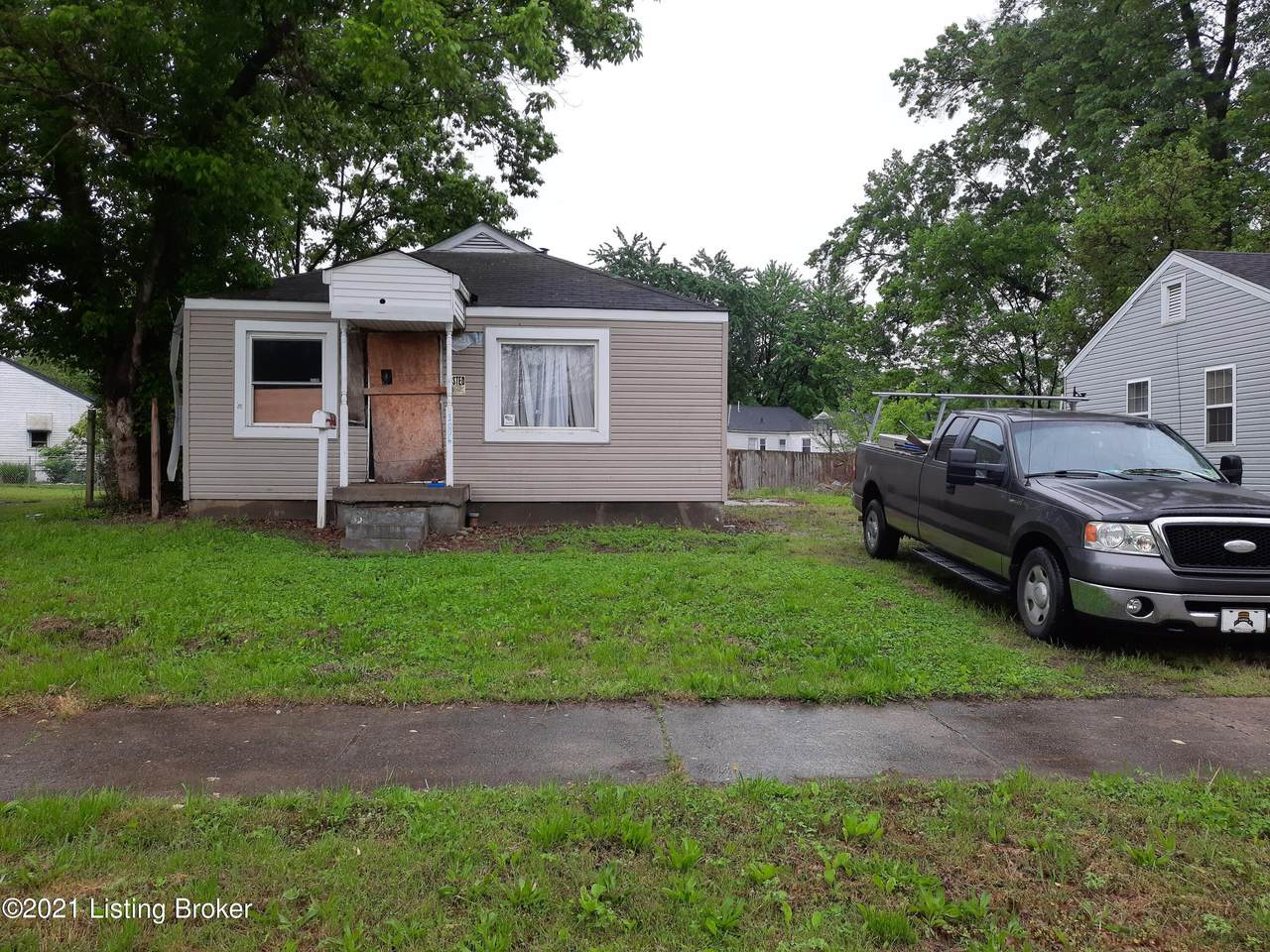 1006 Stanley Ave - Photo 1