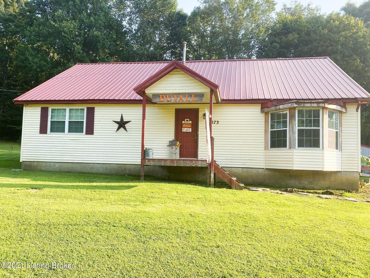 273 Coopers Point Rd - Photo 1