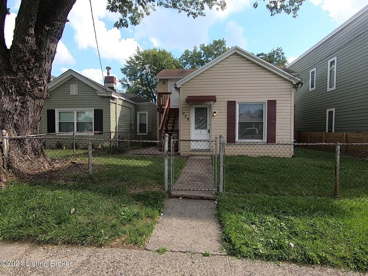 538 Lilly Ave - Photo 1