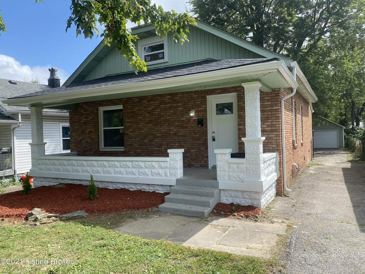 820 Inverness Ave - Photo 1