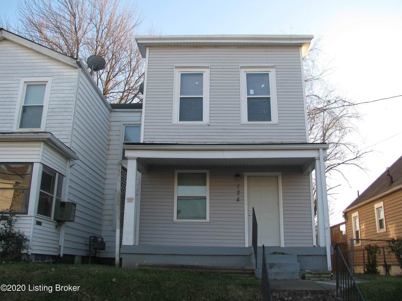 124 Harlan Ave - Photo 1