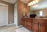 7921 Wooded Ridge Dr - Photo 14