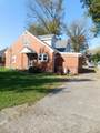 710 Sycamore St - Photo 2