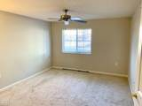 10403 Trotters Pointe Dr - Photo 14