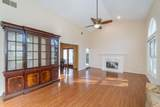 6803 Jaffa Cir - Photo 4