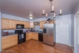8006 Barbour Manor Dr - Photo 3