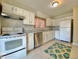 1518 Larchmont Ave - Photo 8