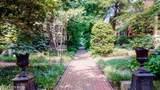 610 Floral Terrace - Photo 2