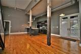 2920 Frankfort Ave - Photo 18