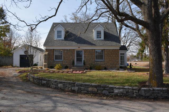 614 Kentucky Ave, La Grange, KY 40031 (#1491134) :: Segrest Group