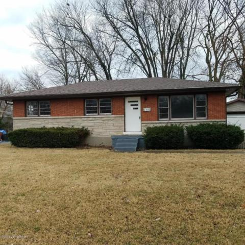 6346 Hunters Grove Rd, Louisville, KY 40216 (#1493648) :: Team Panella