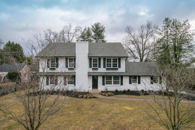 417 Country Ln, Louisville, KY 40207 (#1495993) :: Segrest Group