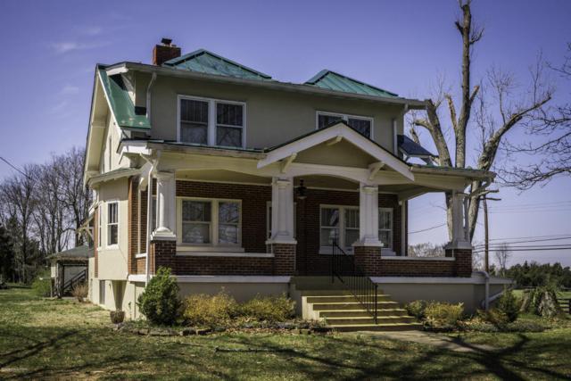 6900 Old Fegenbush Ln, Louisville, KY 40228 (#1499924) :: The Stiller Group