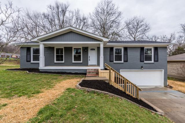 4614 Estate Dr, Louisville, KY 40216 (#1499927) :: The Stiller Group