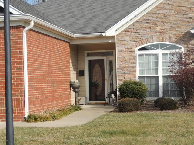 7506 Autumn Pointe Dr, Louisville, KY 40214 (#1502634) :: Segrest Group