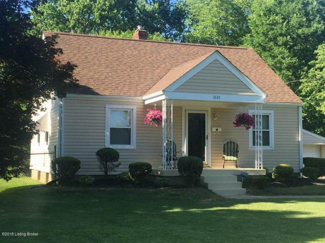 1839 Mary Catherine Dr, Louisville, KY 40216 (#1504386) :: The Stiller Group