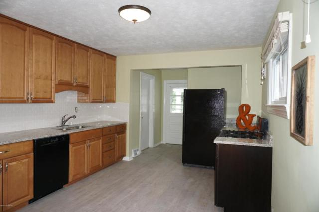 4220 Norbourne Blvd, Louisville, KY 40207 (#1504604) :: The Stiller Group