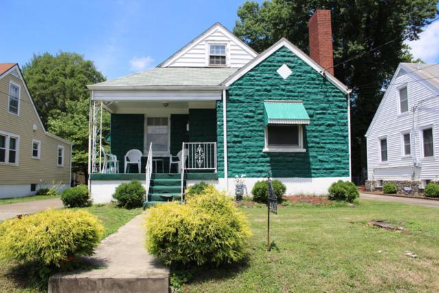 402 N 41st St, Louisville, KY 40212 (#1507186) :: The Stiller Group